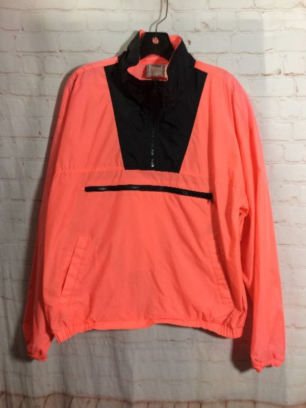 1980'S PULLOVER 1/4 ZIP-UP WINDBREAKER W/ FRONT ZIPPERED POUCH
