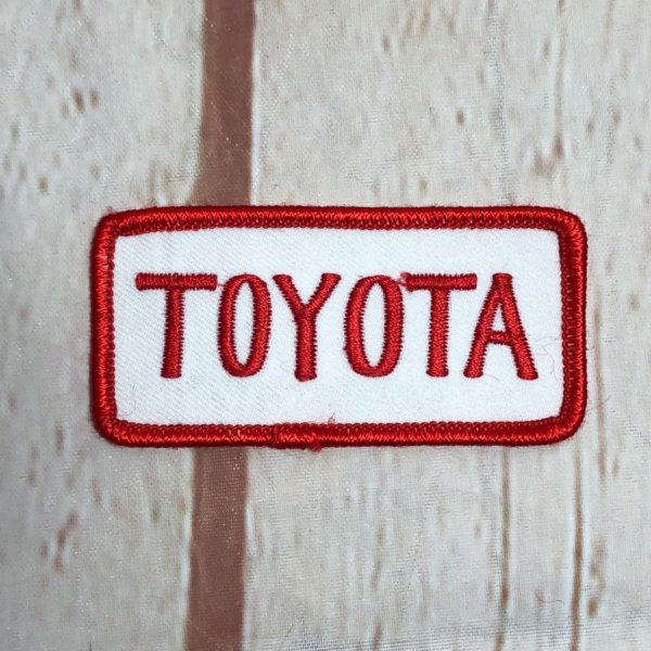 product details: TOYOTA VINTAGE RECTANGLE SHAPED EMBROIDERED PATCH photo