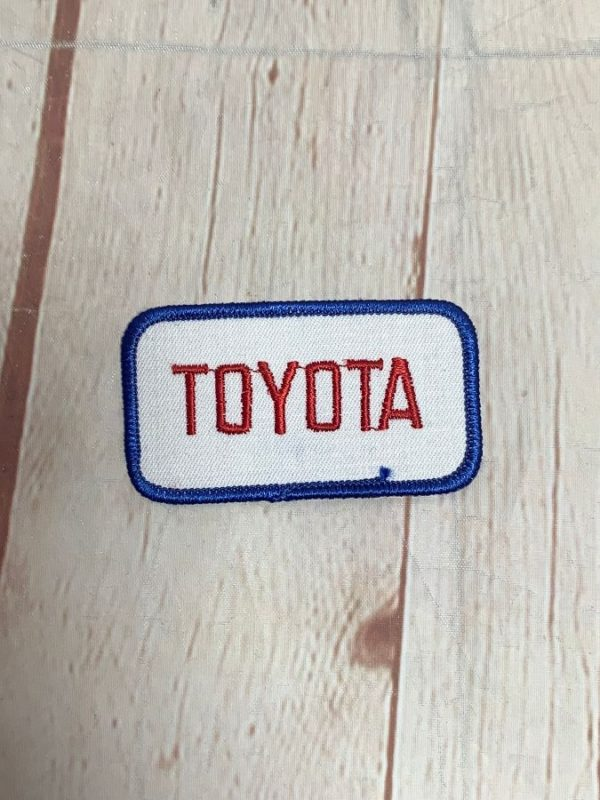VINTAGE TOYOTA AUTOMOTIVE RECTANGLE SHAPED EMBROIDERED PATCH