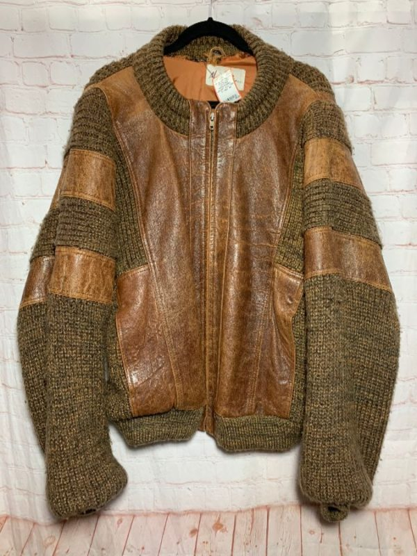 HEAVY CHUNKY KNIT SECTIONS COMBINED W/ LEATHER PATCHWORK JACKET