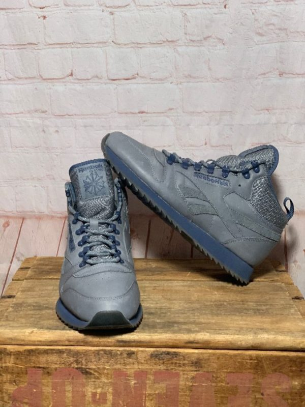 REEBOK MID-TOP THINSULATE LEATHER HIKING SNEAKERS