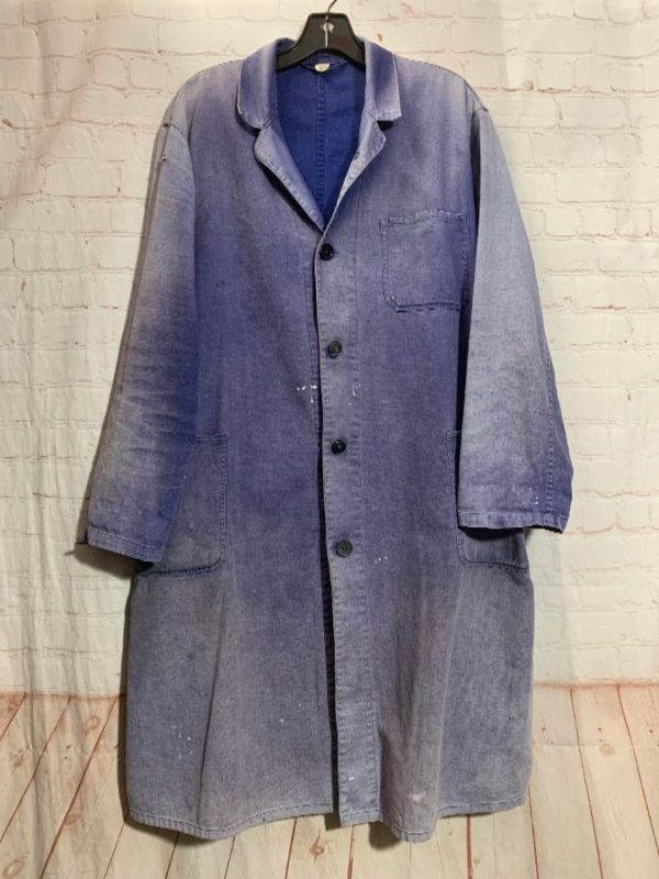 OVER-DYED CHAMBRAY LAB COAT W/ 3 FRONT POCKETS