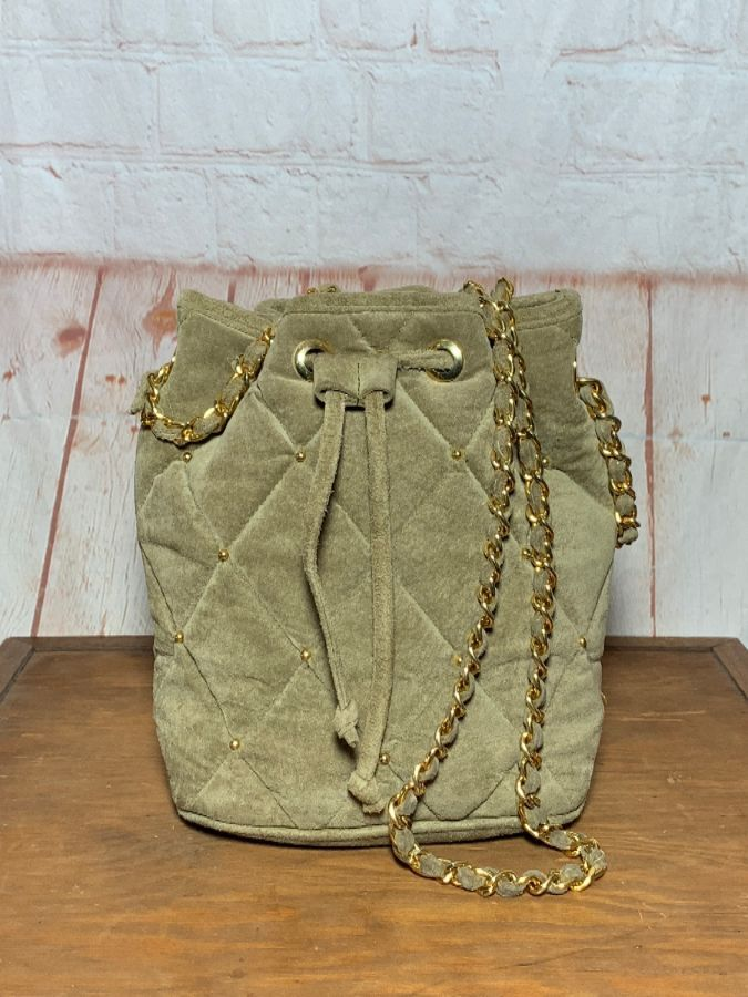07e5c86273 VINTAGE QUILTED SUEDE CHANEL STYLE BUCKET BAG W/ CHAIN STRAPS