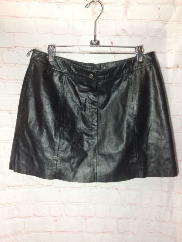 product details: LINED LEATHER MINI SKIRT W/ ZIPPER photo