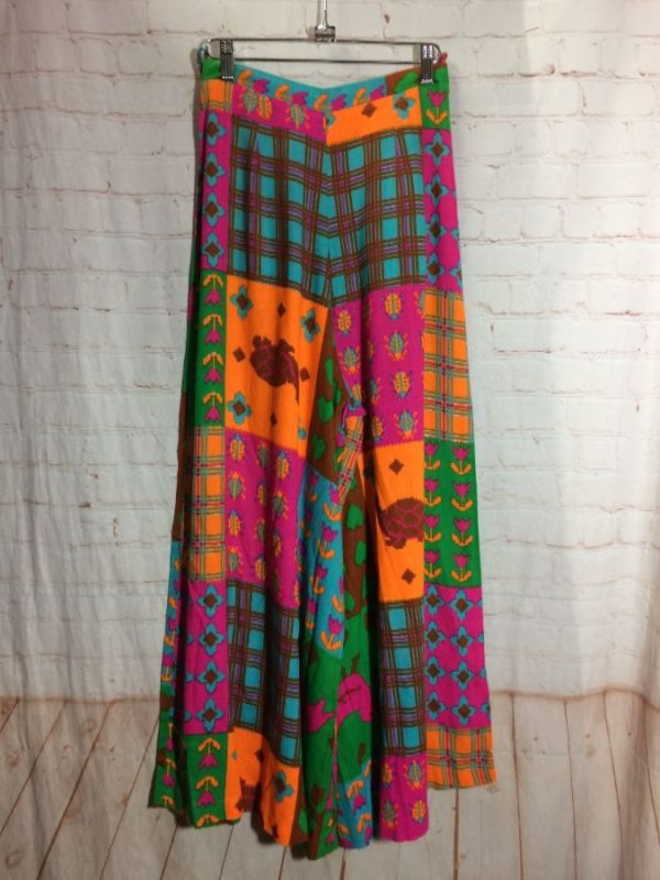 RETRO 1970'S MULTI-COLOR & PATCHWORK PRINT WIDE LEG FLOWY PANTS