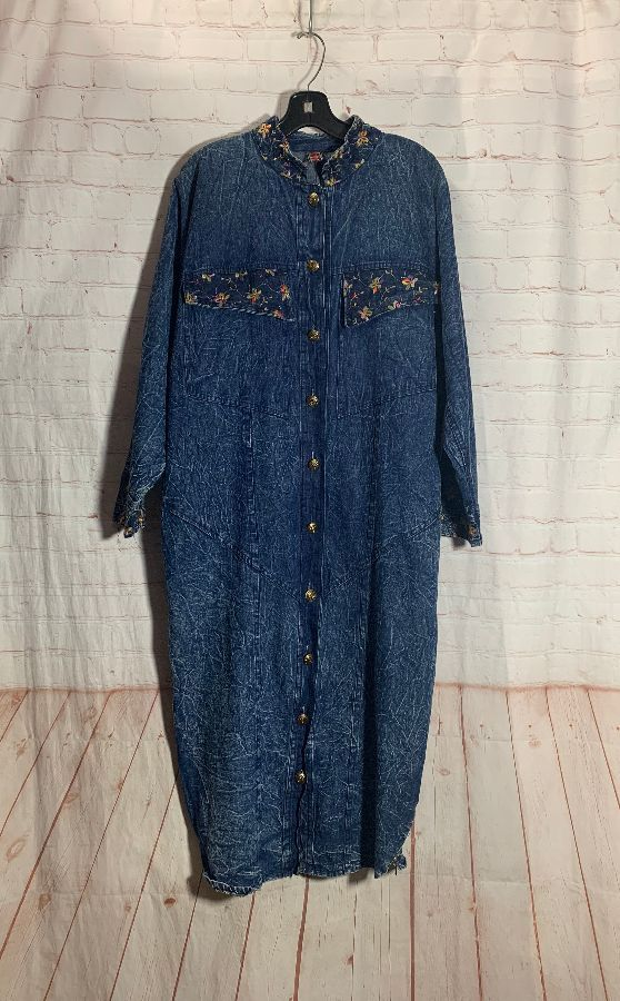 RETRO 1980'S MAX LENGTH MARBLE WASH DRESS/JACKET W/ FLORAL EMBROIDERY