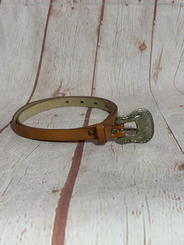 SUPER THIN LEATHER BELT W/ SILVER DETAILED HARDWARE BUCKLE