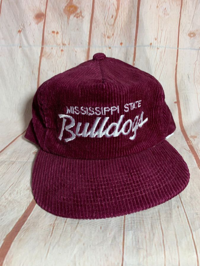 VINTAGE CORDUROY MISSISSIPPI STATE BULLDOGS W  ADJUSTABLE BACK HAT ... 9fd1c350325