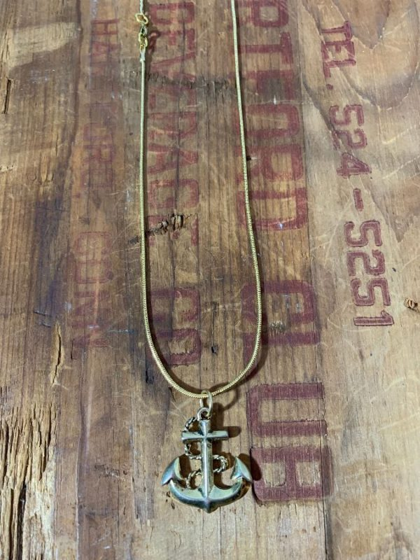 ANCHOR PENDANT W/ SNAKE CHAIN NECKLACE