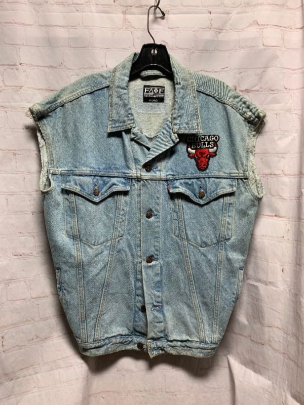 product details: DENIM VEST CHICAGO BULLS BACK PATCH photo