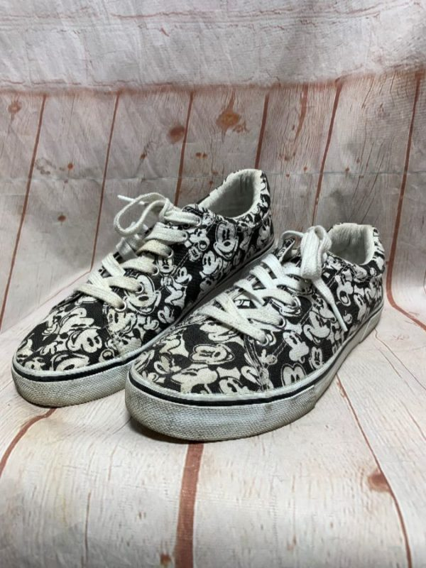 DISNEY ALLOVER PRINT MICKEY MOUSE DESIGN CANVAS SHOES
