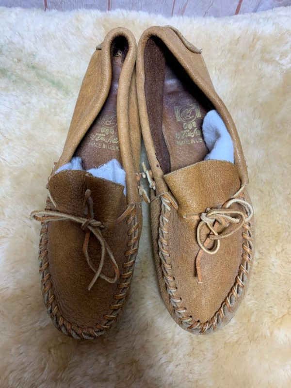 TEXTURED LEATHER MOCCASINS W/ WHIP STITCHED VAMP MADE IN USA