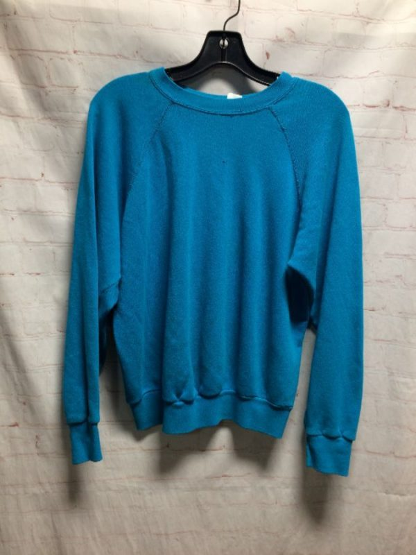 CREW-NECK PULLOVER SOLID COLORED DISTRESSED SWEATSHIRT