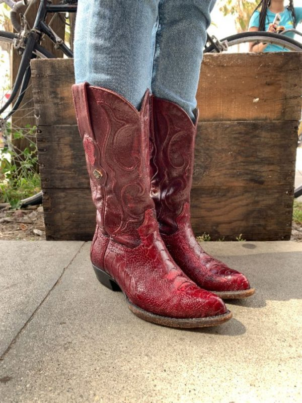 GORGEOUS COWBOY BOOTS W/ GENUINE OSTRICH LEATHER RAISED FLAME DESIGN