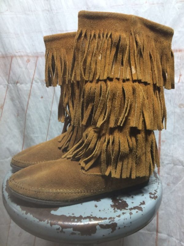 MOCCASINS CLASSIC FIT TALL MID HEIGHT BOOTS FRINGE
