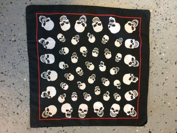 product details: BANDANA W/ ALL OVER SCARY SKULLS PRINT photo
