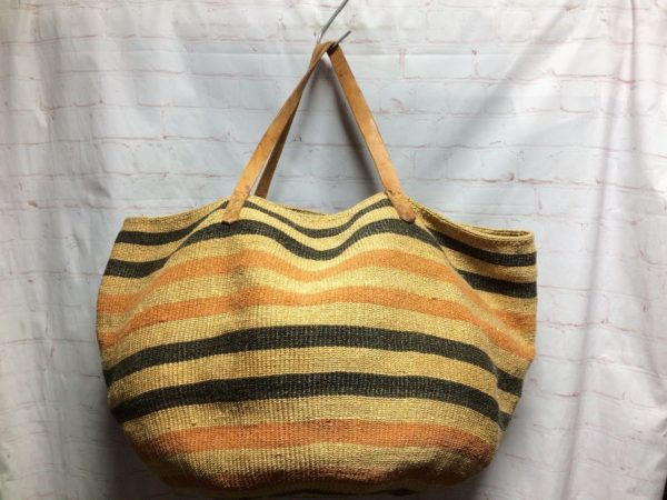 product details: LARGE TOTE/BEACH BAG WOVEN JUTE W/ STRIPES LEATHER STRAP photo
