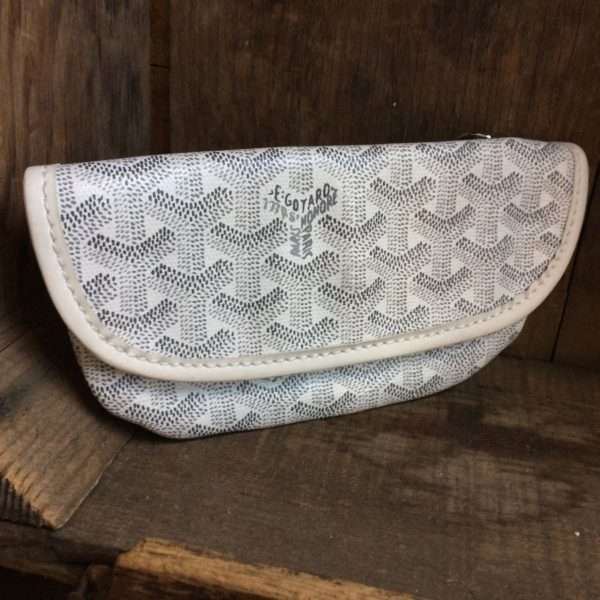 product details: SALE! *DAMAGED* GOYARD WALLET WRISTLET GENUINE LEATHER AS-IS photo