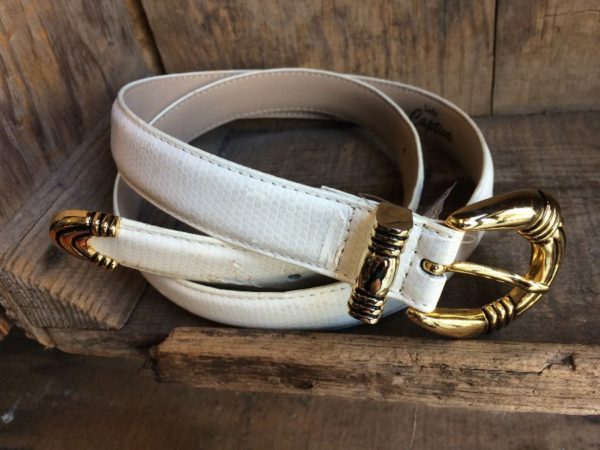 WHITE FAUX LEATHER BELT SHINY GOLD HARDWARE as-is
