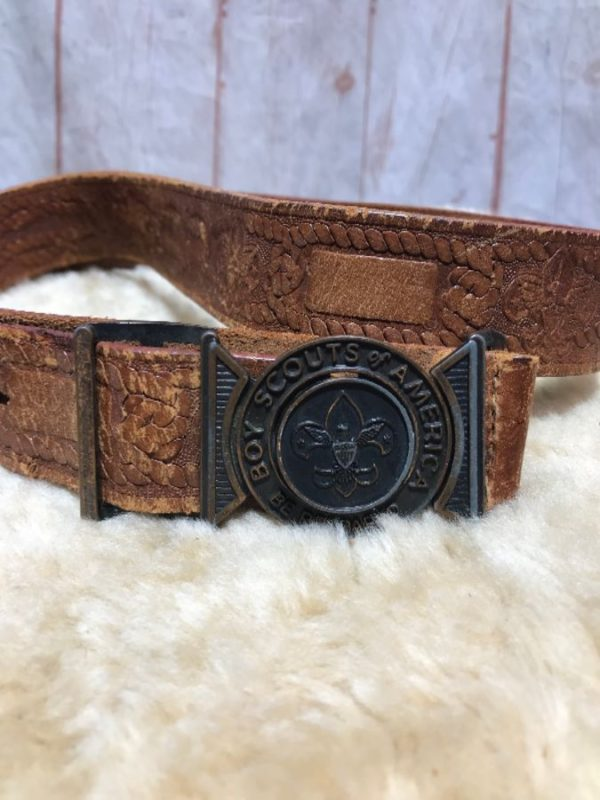 VINTAGE BOY SCOUTS OF AMERICA SOFT LEATHER BELT