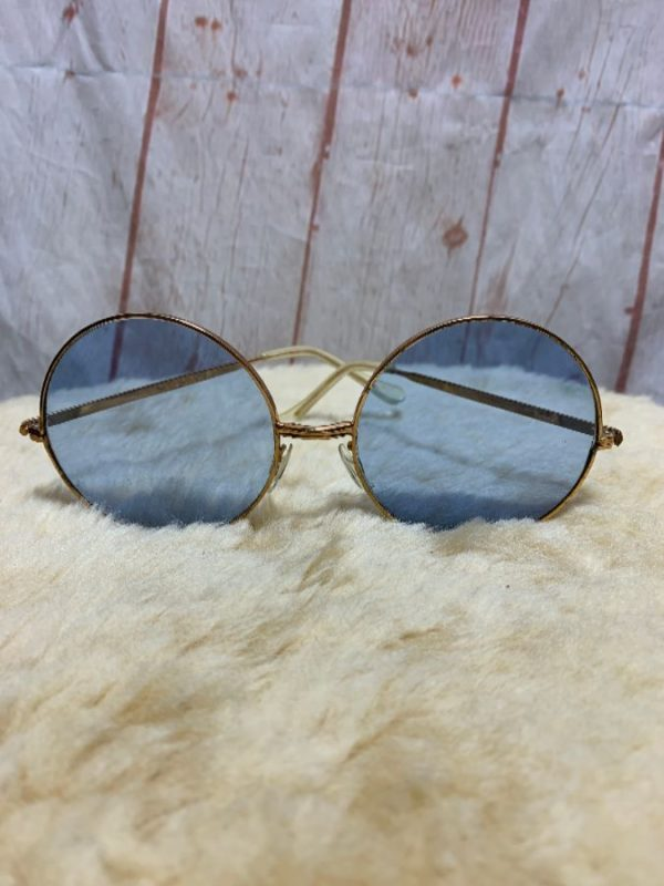 product details: 1960S-70'S ROUND SHAPED SUNGLASSES W/ BRASS FRAME & COOL COLORED LENSES photo