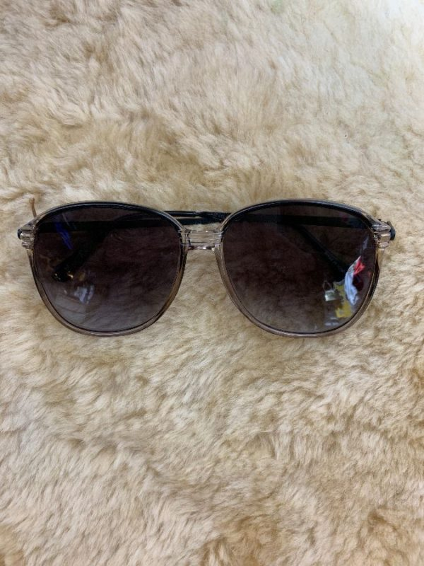 product details: 1970'S DEADSTOCK OMBRE LENS W/ OVERSIZED CLEAR FRAME SUNGLASSES photo