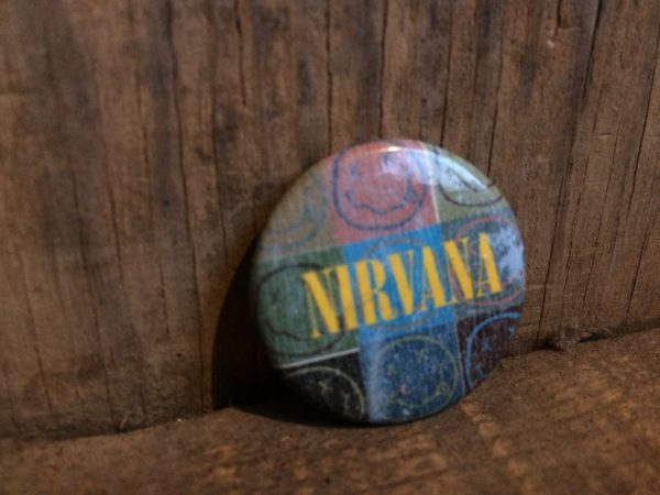NIRVANA ROUND BUTTON