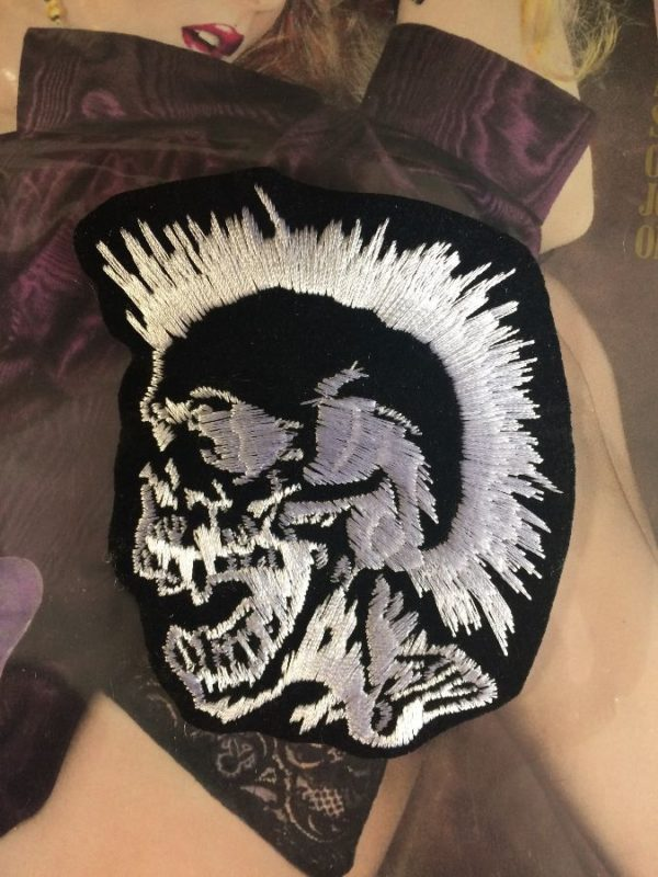 CLASSIC PUNK MOHAWK SKULL EMBROIDERED PATCH