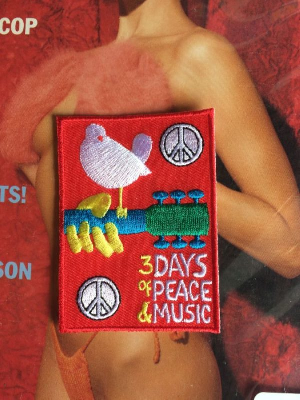 WOODSTOCK EMBROIDERED PATCH 3 DAYS OF PEACE & MUSIC