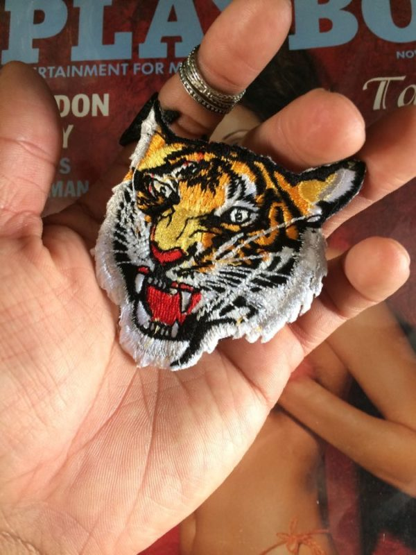 GROWLING ANGRY TIGER HEAD EMBROIDERED PATCH
