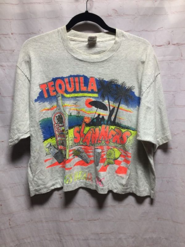 CROPPED TEQUILA SLAMMERS W/ NAGS HEAD, NC & ISLAND SUMMER GRAPHIC T-SHIRT