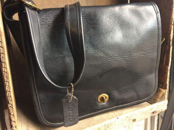 VINTAGE COACH LEATHER CROSS-BODY MESSENGER BAG