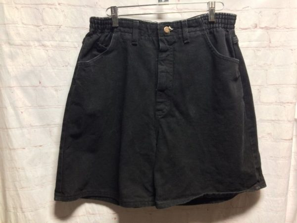 product details: LEE DENIM DAD'S STYLE HEMMED SHORTS W/ ZIP-UP FLY photo