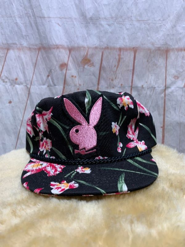 product details: TROPICAL PRINT SNAPBACK PLAYBOY BUNNY PATCH photo