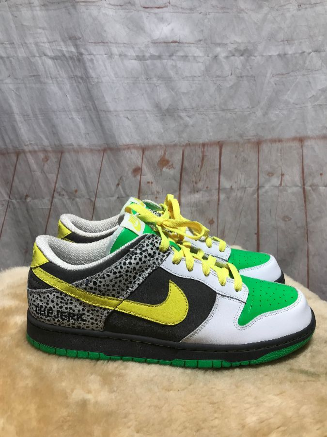 new concept 80162 1360a NIKE DUNK LOW-TOP SNEAKERS FUNKY ELEPHANT CRACKLE NEON COLOR-BLOCK