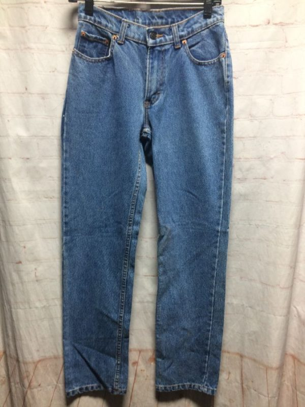 CLASSIC HIGH WAISTED DENIM JEANS TAPERED FIT