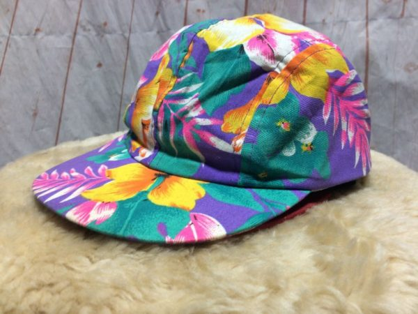 product details: PASTEL TROPICAL FLORAL PRINTED SNAP BACK HAT #WENDYS photo