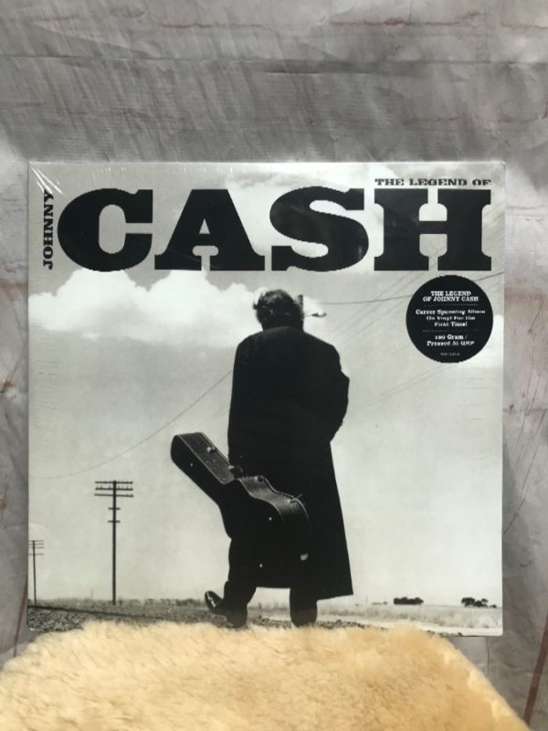 BW VINYL RECORD – JOHNNY CASH – THE LEGEND OF JOHNNY CASH