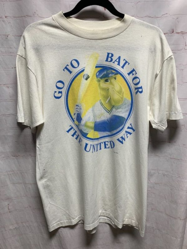 GO TO BAT FOR THE UNITED WAY W/ JOE CAMEL #7 T-SHIRT