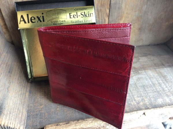 product details: GENUINE EEL SKIN LEATHER LINED WALLET photo