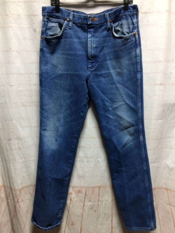 CLASSIC WRANGLER DENIM JEANS SOFT W/ SLIGHT STRETCH