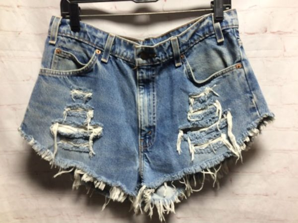 product details: LEVIS 550 DENIM CUT-OFF SHORTS DISTRESSED & SLASHED HIGH-CUT photo