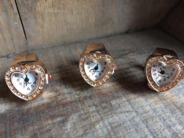 ROSE-GOLD METAL HEART SHAPED BOZHI WATCH/RING