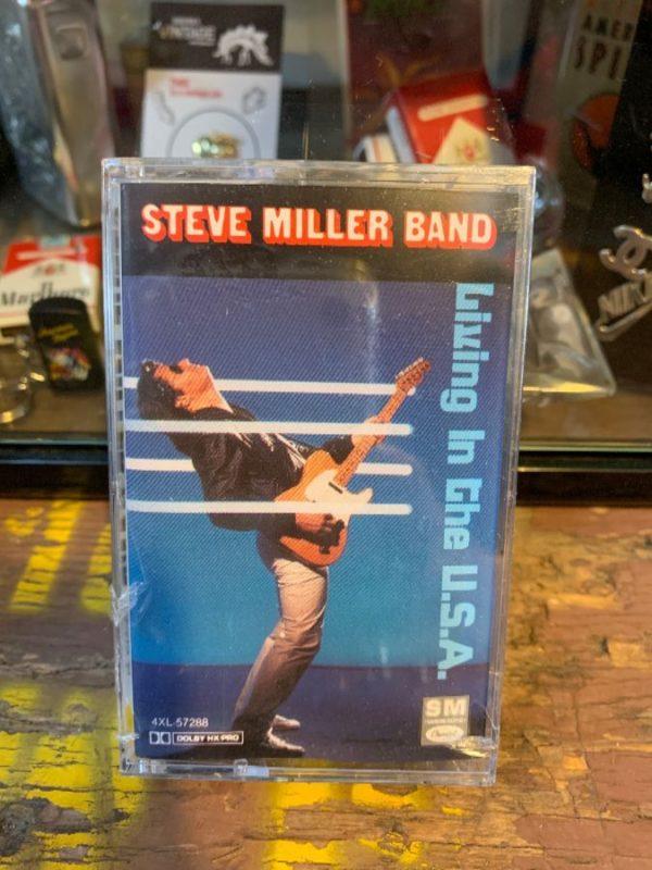 product details: VINTAGE CASSETTE TAPE – STEVE MILLER BAND - LIVING IN THE U.S.A. photo