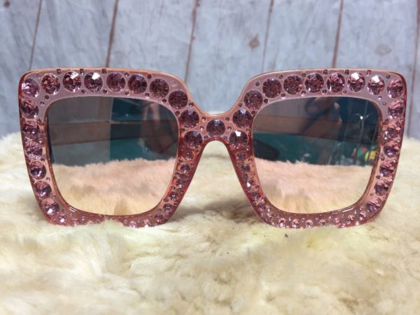 product details: GEM BEDAZZLED OVERSIZED SQUARE CAT EYE SUNGLASSES photo