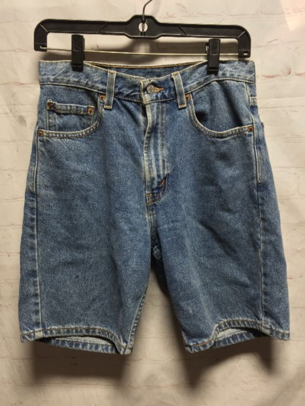 CLASSIC LEVIS 505 HEMMED DENIM SHORTS W/ LONGER CUT