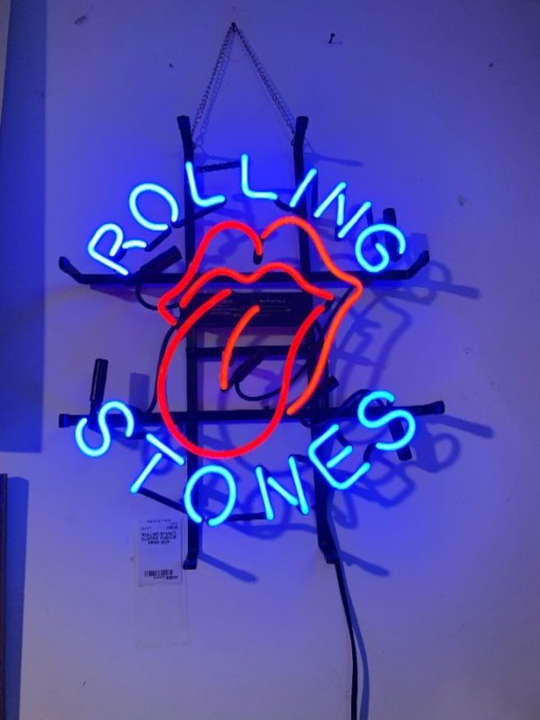 ROLLING STONES CLASSIC TONGUE DESIGN NEON SIGN