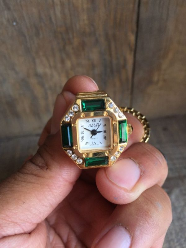 product details: DEADSTOCK WATCH RING GREEN EMERALD STYLE GEMSTONE photo