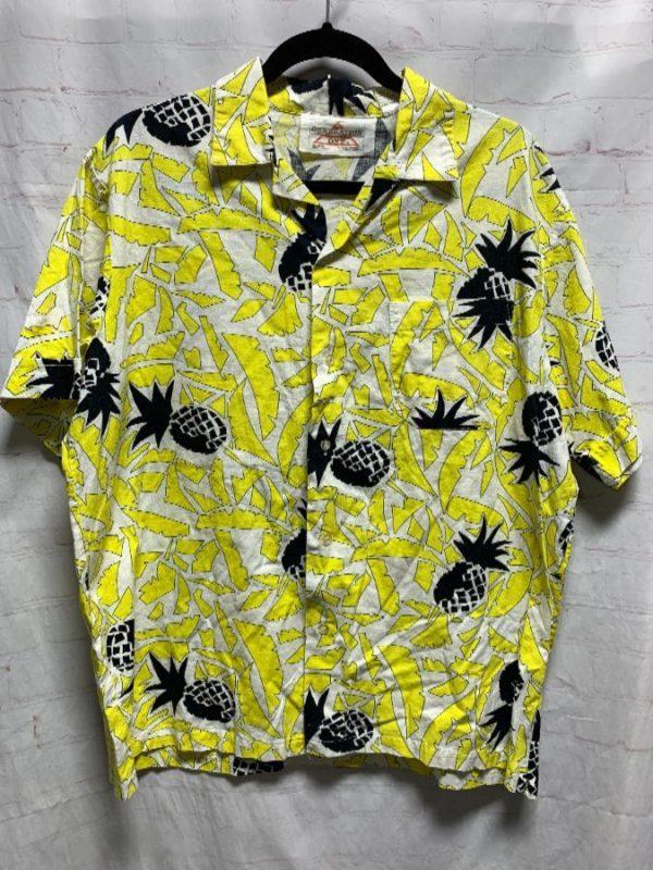 product details: AMAZING 1980'S-1990'S VINTAGE PINEAPPLE & GEOMETRIC PRINT COTTON HAWAIIAN SHIRT photo