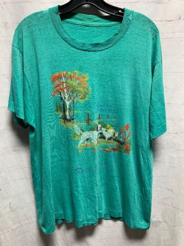 product details: MASTERS OF THE FIELD - NORTH DAKOTA W/ DOGS & SCENERY T-SHIRT photo